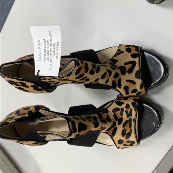 Calvin Klein Leopard Print Sierra Size